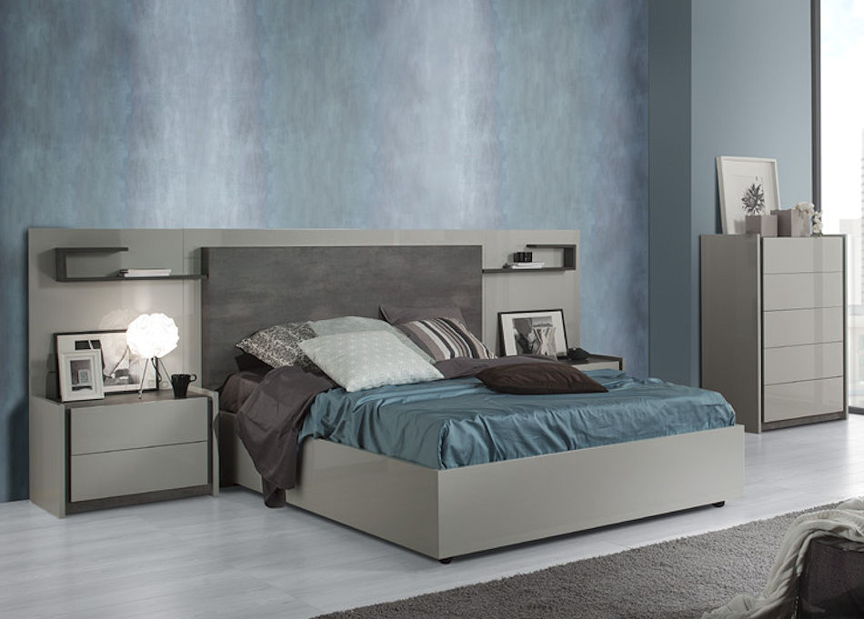 Contemporary Bedroom Set in Grey
