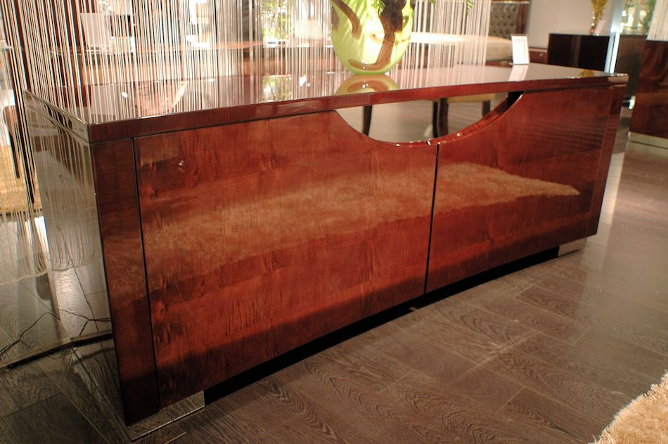 High Gloss Buffet