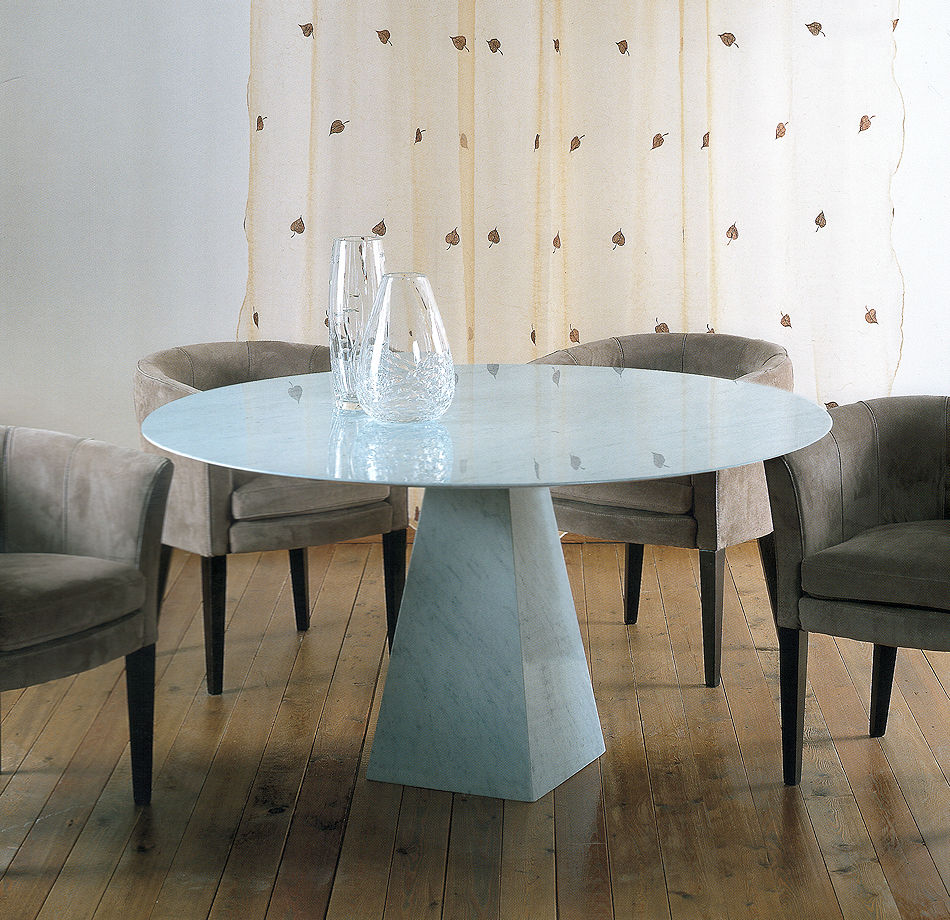 Round Marble Dining Tbale