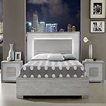 Contemporary Bedroom in Grey Oak